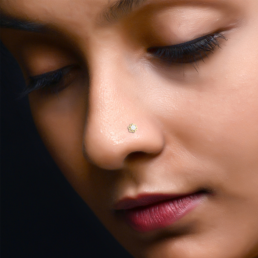 Clustered Nose Pin